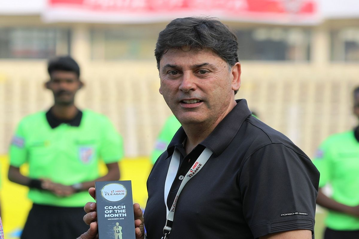 East Bengal head coach Alejandro Menendez resigns following derby defeat