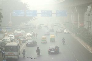 Dense fog engulfs Delhi; 5 flights diverted, 22 trains delayed