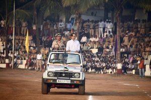 Maharashtra Police to get modern weapons, quality training, says CM Thackeray