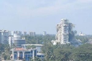 4 months after SC order, first of Kochi's Maradu flats razed with controlled implosion