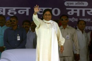 Mayawati hits out at Priyanka Gandhi, asks her to visit Kota hospital where over 100 infants die