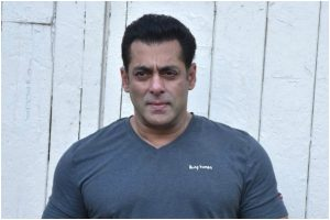 Salman 'misbehaves' with fan; NSUI wants him banned from Goa