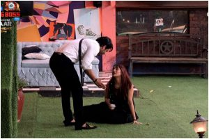 Bigg Boss 13, Day 104, Jan 12: Salman Khan schools Shehnaaz, warns Sidharth Shukla about her possessive behaviour