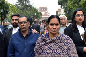 'Execution of convicts will empower women of country', says Nirbhaya's mother welcoming court's decision