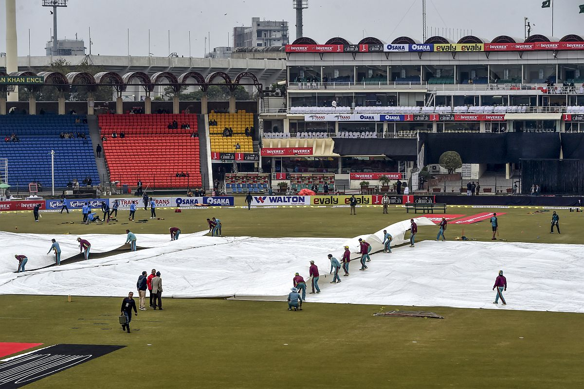 Third T20I washed out, Pakistan win series 2-0 against Bangladesh