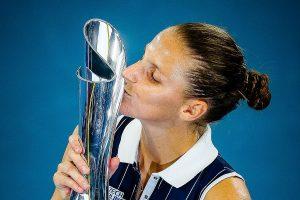 Karolina Pliskova wins in Brisbane to fire Australian Open warning
