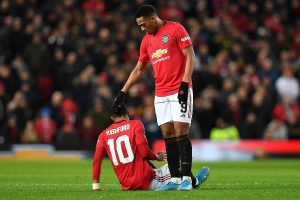 FA Cup: Marcus Rashford's inury overshadows Manchester United's win over Wolves