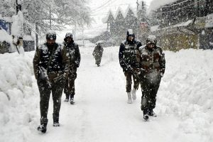 4 soldiers, 1 BSF constable and 5 civilians killed in J-K avalanches
