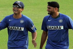 Watch | Harbhajan Singh, Sourav Ganguly match steps to 'Senorita'