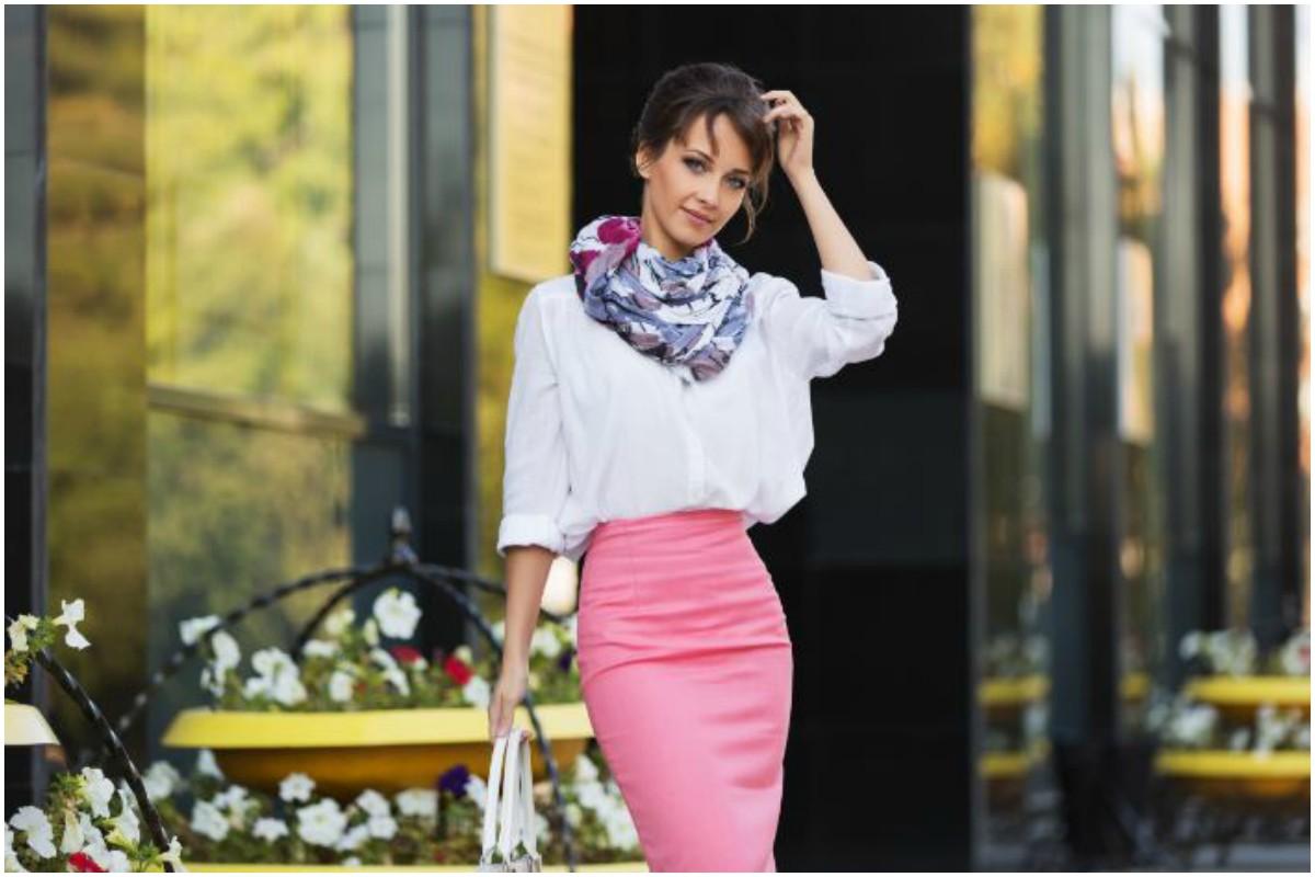 Scarves, Belts, Boss Lady, Classic watch, Eyewear