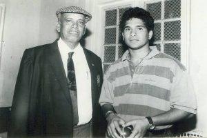 SEE | Sachin Tendulkar, Vinod Kambli pay emotional tribute to their coach Ramakant Achrekar
