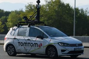 Huawei closes deal with TomTom for use of maps and services