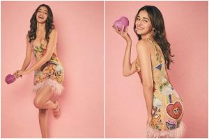 Ananya Panday flaunts her curves in shimmery bodycon dress, see pics