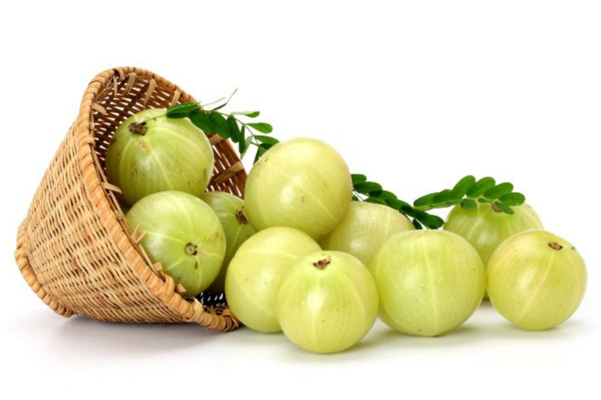 Cook gooseberries into delicious recipes and enjoy its health benefits