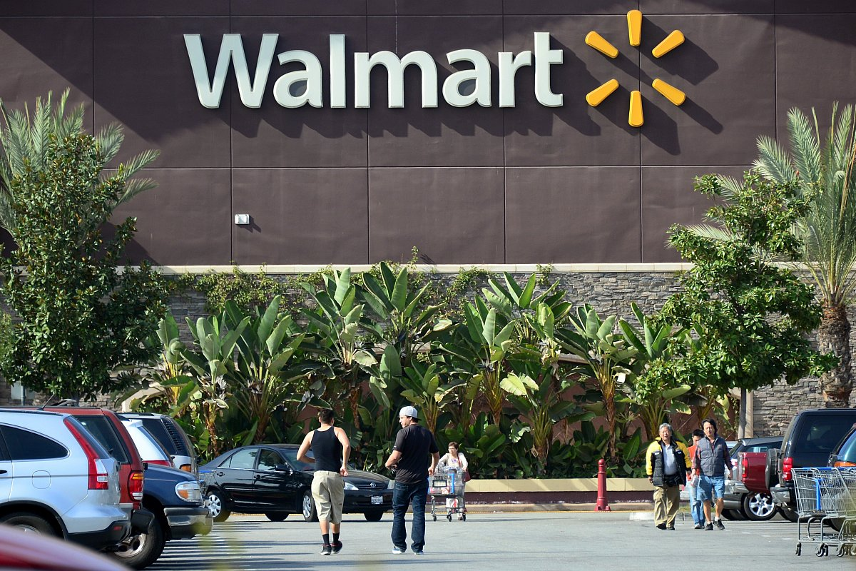 Walmart, employees sacked
