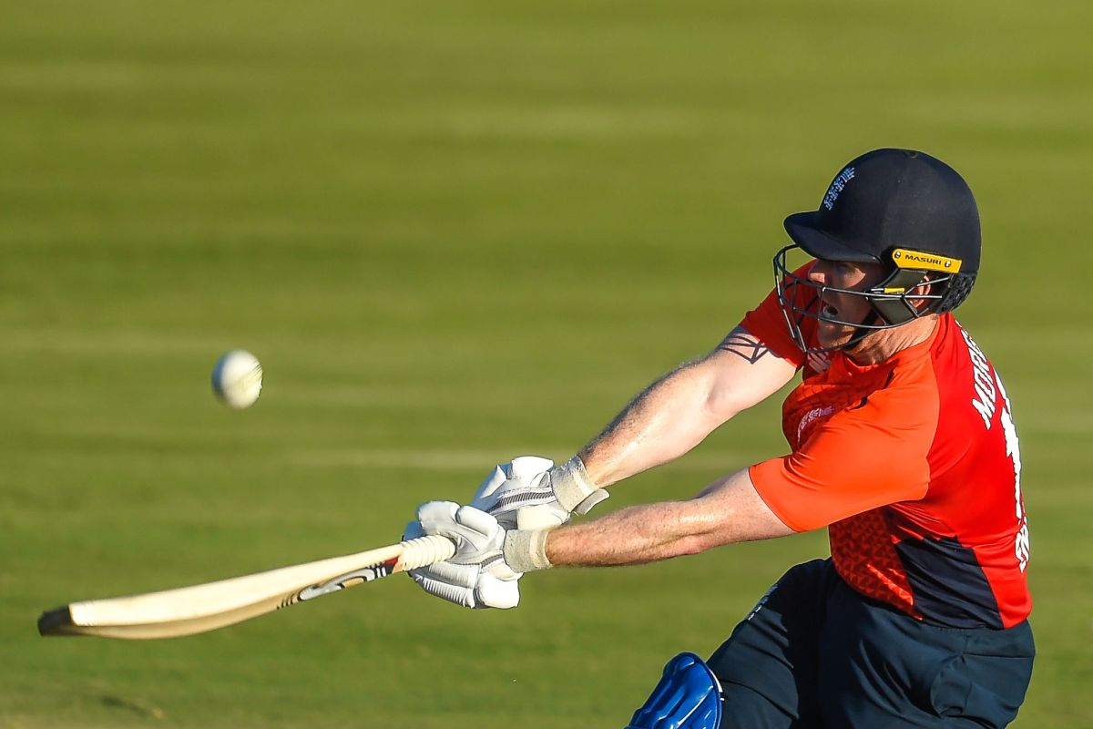 South Africa spectate as Eoin Morgan steals T20I series for England