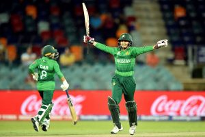 Women's T20 World Cup: Pakistan opt to bowl against England