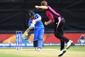 ICC Women's T20 World Cup: Middle-order fails as New Zealand restrict India to 133/8