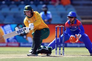 Women's T20 World Cup: Lizelle Lee's ton helps South Africa ease past Thailand