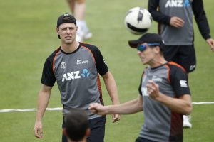 Matt Henry added to New Zealand Test squad as cover for Neil Wagner