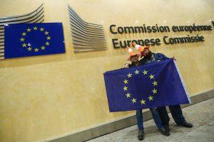 UK seeks new post-Brexit deal with EU on N.Ireland arrangements