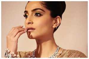 Sonam Kapoor slays in desi avatar by Itrh, see pics