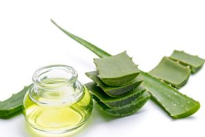 Tired of stretch marks? Start using this medicinal plant and get rid of them