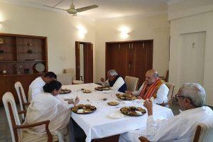 Mamata raises Delhi riots at EZC meet, takes lunch with Amit Shah at Odisha CM home