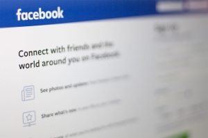 Facebook to pay selected users for their voice recordings
