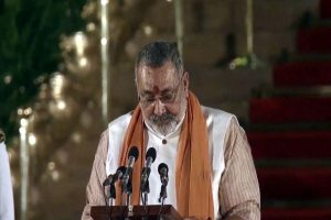 Union Minister Giriraj Singh strikes again, says, 'Muslims should have been sent to Pak in 1947'