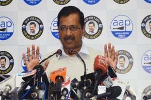 Kejriwal asks AAP volunteers not to burst firecrackers during victory celebrations