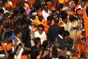 Raj Thackeray leads mega rally to oust infiltrators, questions Muslims protesting against CAA
