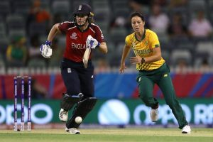 ICC Women's T20 World Cup 2020: Natalie Sciver's one woman show takes England to 123/8