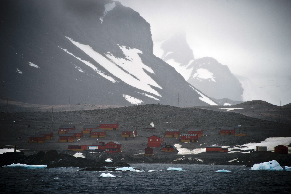 Historic heat, Antarctica, Global warming, South America
