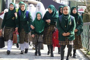 Schools to reopen after 7 months in Kashmir