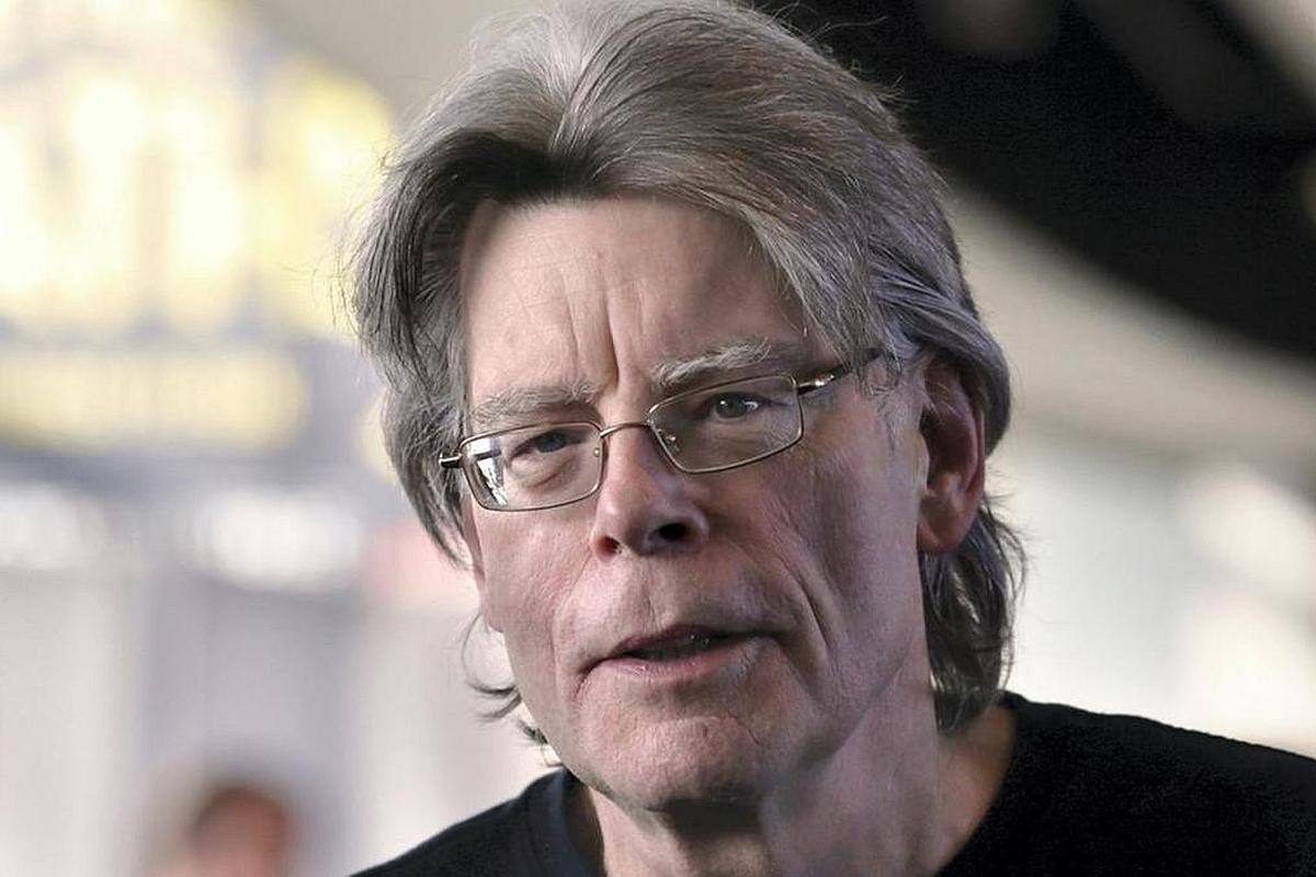 Horror writer Stephen King horrified by Facebook, deletes his account