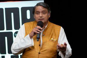 'Completely immune to karo-na virus': Shashi Tharoor on Govt's implementation record