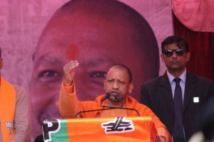 "EC issues showcause notice to Yogi Adityanath for ""AAP feeding biryani"" comment over Shaheen Bagh"