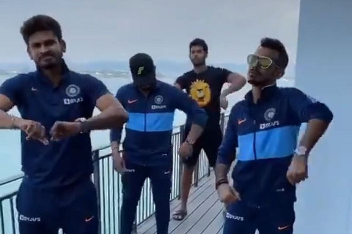 Yuzvendra Chahal, Shreyas Iyer recreate dance moves after win in 5th T20I