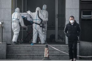 Coronavirus deaths rise past 900, over 40,000 infected; Chinese journo reporting on virus missing