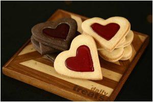 Easy-to-make 'Valentine's Shortbread Cookies' recipe