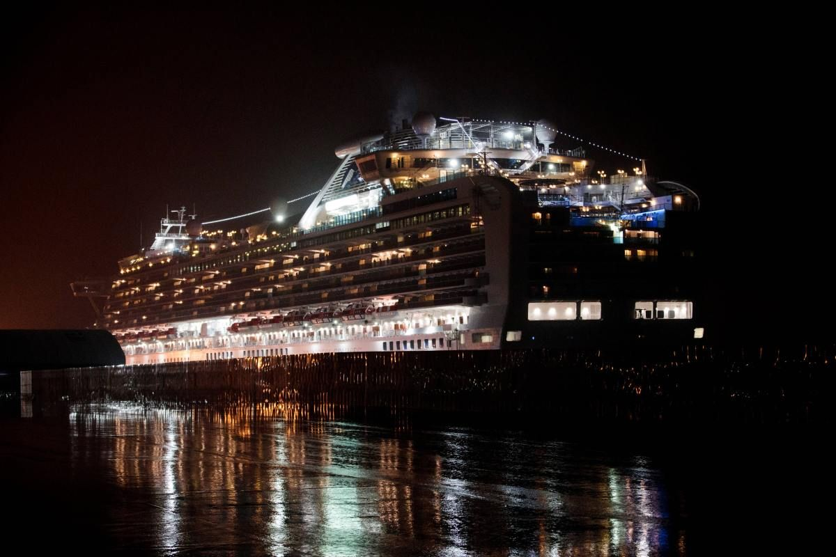 Completely chaotic': Japan expert blasts handling of virus cruise ship