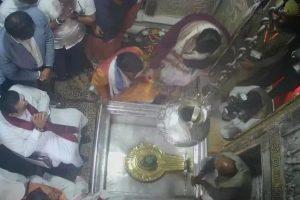 Sri Lankan PM Rajapaksa visits Varanasi, offers prayers at Kashi Vishwanath temple