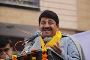 Manoj Tiwari alleges Kejriwal 'defiled' Lord Hanuman idol, predicts 50 plus seats for BJP in Delhi