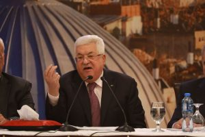 Palestinian President Mahmoud Abbas, Iran FM discuss Zarif US Mideast peace plan