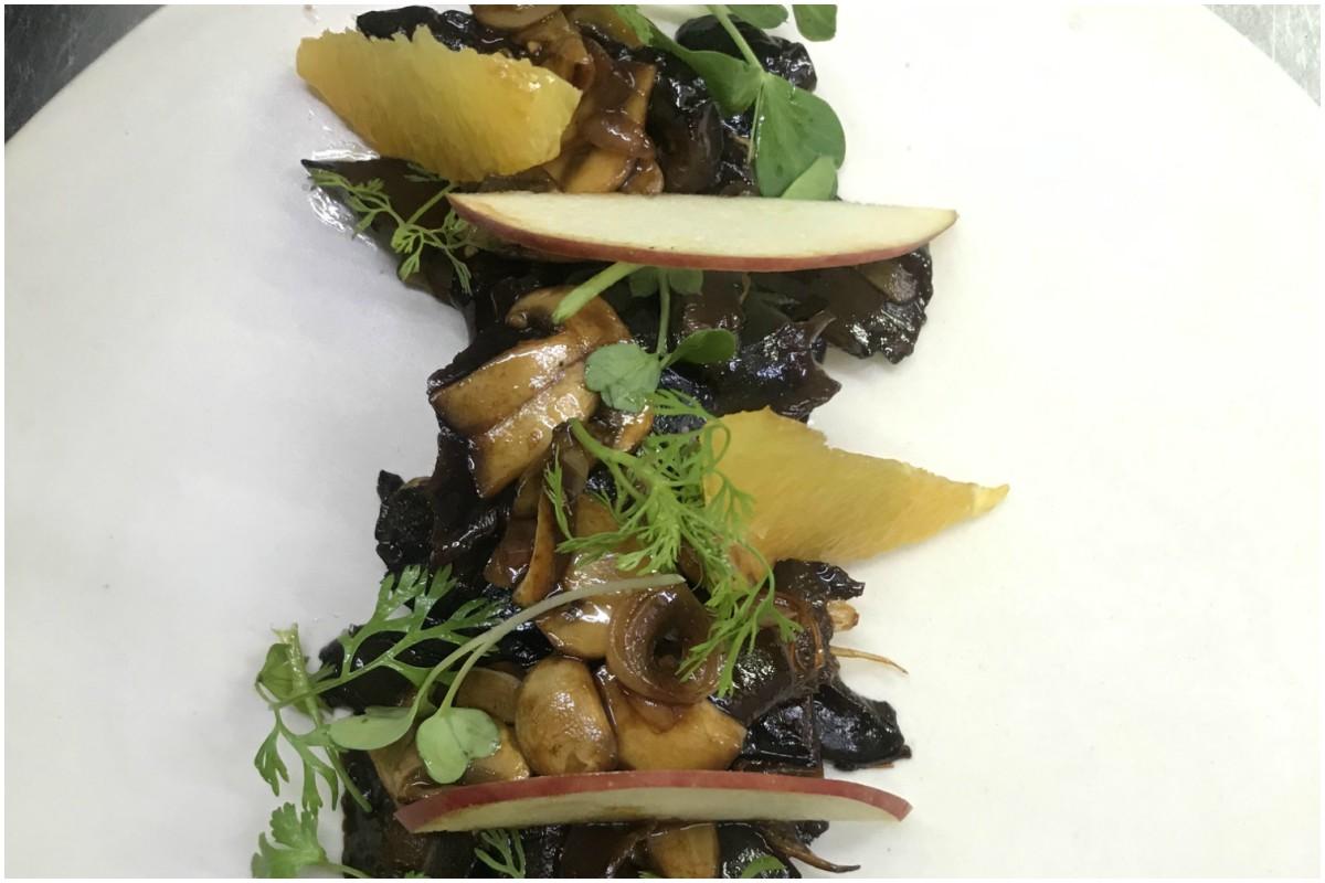 Enjoy 'mushroom salad with soy sand oranges' this spring season