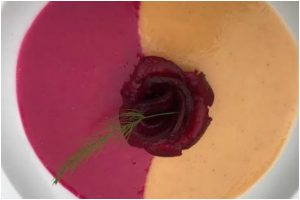 Drive your hunger away with this 'Vegan Curried Cauliflower and Beetroot Soup'