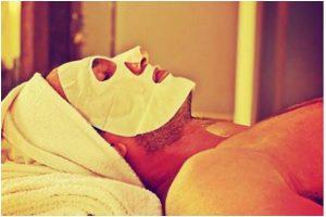 Deepika Padukone shares Ranveer Singh's spa day pic, gets adorable reply