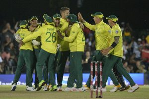 South Africa men's cricket team return to training after COVID-19 hiatus