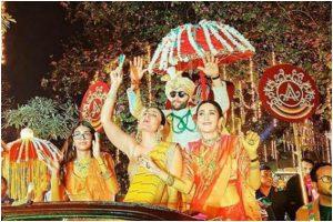 Kareena Kapoor Khan redefines beauty in Nikasha as she poses for Armaan Jain's wedding